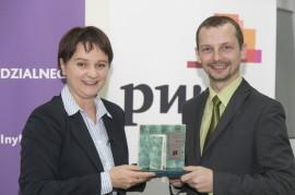 Nagrodę Główną Odbiera Przemysław Oczyp (Cemex Polska)